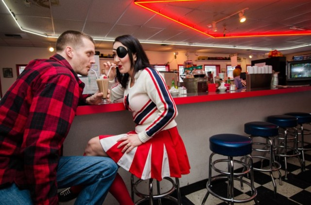 12 cafe-twin-peaks-engagement-seattle-petrichor-785x519